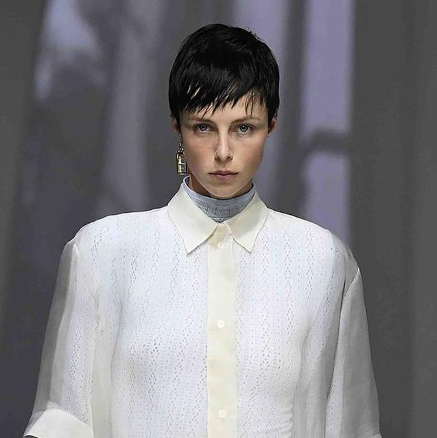 "Fendi Kicks Off ""Hybrid"" Milan Fashion Week With A Live Show"