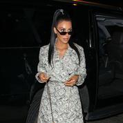 Kim-Kardashian-in-Dollars-Outfit.jpg