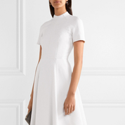 Modest_Wedding_dresses_8.jpg
