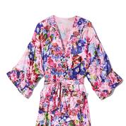 fashion-show-collab-2018-vs-mary-katrantzou-kimono-victorias-secret-hi-res.jpg