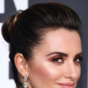 golden-globes-best-beauty-2019-(6).png